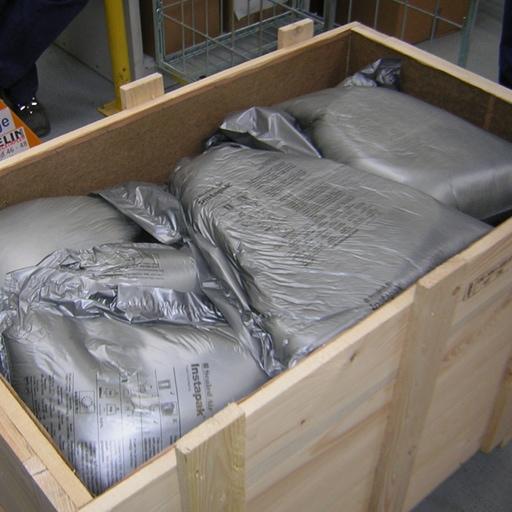 Foto einer Kiste mit Packpaier von Diefenbach Verpackungen