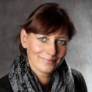 Mitarbeiterin Tanja Huerten von Diefenbach Verpackungen