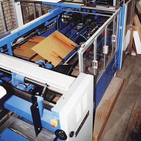 Faltmaschine von Diefenbach Verpackungen